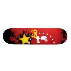 Skate Star Grunge Design