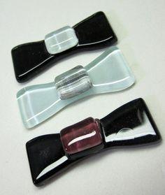 laços  de vidro coloridos utilizados para confecção de Mosaicos ,Bijuterias e/ou outras aplicações decorativas. Pacote c/ 3 peças R$4,90