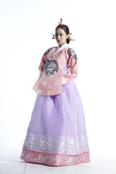 Hanbok Jang Ok Jung - Queen Inheyon