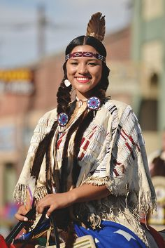 A cultural code for native american tribes is the idea of nature as a spiri Native American Actors, Native American Beauty, Native American Photos, Native American History, American Indians, American Symbols, American Indian Girl, Indian Girls, Red Indian