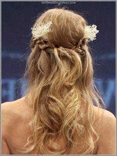 Brautfrisuren Halboffen Geflochten Schön
