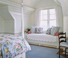 Love pattern window day bed and and other bed