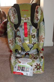 """Thrifty Nifty Mommy: """"Away in a Sleigh"""" Diono RadianRXT Car Seat Review and Giveaway"""