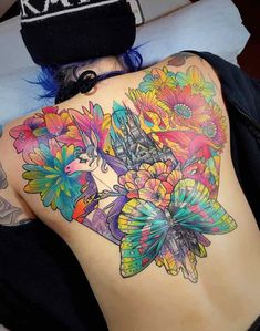 For the best back tattoos by top artists from around the world, including full back, shoulder back, back tattoos for men and back tattoos for women plus Japanese and Dragon back tattoos, check out our list of 68 of the very best back tattoos. Small Back Tattoos, Cool Back Tattoos, Back Tattoos For Guys, Back Tattoo Women, Hot Tattoos, Tatoos, Dragon Sleeve Tattoos, Tribal Sleeve Tattoos, Backpiece Tattoo