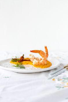 BIO Garnelen auf geröstetem Karotten Ingwer Püree Food Styling, Panna Cotta, Food Photography, Ethnic Recipes, Fried Shrimp, Roasted Carrots, Glutenfree, Souffle Dish, No Sugar