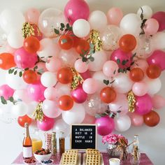 Balloons are all the rage to use in unique ways for any occasion. This easy DIY balloon wall makes a perfect backdrop for a buffet, photos or just gorgeous party decor. Diy Photo Backdrop, Balloon Backdrop, Balloon Decorations Party, Balloon Garland, Birthday Party Decorations, Balloon Ideas, Birthday Wall, Garden Birthday, Birthday Balloons