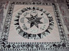 medallion quilts | What a wonderful interprtation of Judy Newman's Museum Medallion Quilt ...
