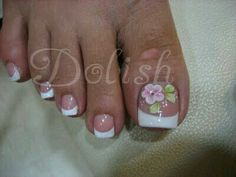 Pies French Pedicure Designs, Toenail Art Designs, Flower Pedicure Designs, French Tip Pedicure, French Manicure Toes, French Manicure With Design, Simple Pedicure Designs, Summer Toenail Designs, Summer Toe Designs