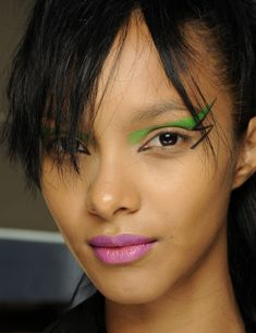 Colorful punk makeup that's fun, edgy and bold is one of the most talked about beauty trends for fall. Eye Makeup, Runway Makeup, Makeup Art, Makeup Tips, Beauty Makeup, Hair Makeup, Hair Beauty, Makeup Goals, Maquillage Punk Rock