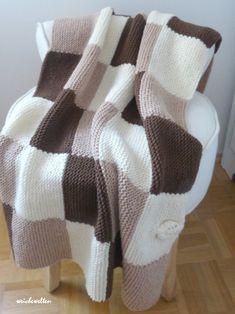 einfache decke stricken | Crochet Blanket Patterns, Crochet Stitches, Knitting Patterns, Easy Crochet, Knit Crochet, Sewing Circles, Black And White Baby, Animal Decor, Animal Nursery