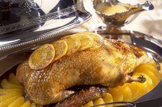 Πάπια με πορτοκάλι Cypriot Food, Xmas Food, Greek Recipes, Gourmet Recipes, Poultry, Feta, Food Porn, Pork, Turkey