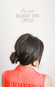 Want a super easy wedding hairstyle that looks gorgeous? This two bobby pin updo is great for any bride who wants to DIY their wedding hairstyle. #weddingupdos #diyweddinghairstyles #diyweddingtutorial #weddinghairstylesforlonghair