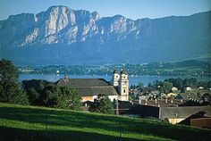 Mondsee, Austria. Want to go so bad! I have driven by it on my way to Salzburg so many times. Looks so beautiful!