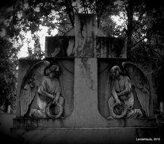 Angels  Municipal Cemetery of Granada
