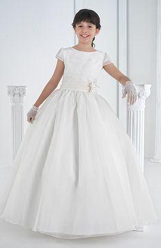 Foto Vestido Comunión Niña Modelo 4802 de Carmy 2014. Catálogo Vestidos de Comunión Carmy Colección 2014