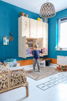 17 enkle DIY Ikea Kallax hacks til at transformere din hylde fuldstændigt Bedroom Hacks, Ikea Bedroom, Girls Bedroom, Ikea Hack Kids Bedroom, Ivar Ikea Hack, Ikea Hacks, Ikea Kallax, Dinosaur Room Decor, Creative Kids Rooms