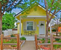 You Won't Believe These Homes You Can Rent on Vacation in Colorado: Romantic cottage