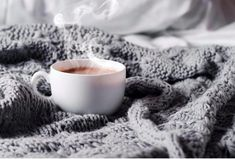 ↓ An Ayurvedic fix for a better night's sleep—great for calming Vata, or any flighty, fractured, anxious, can't settle down sort of energy. How did you sleep last night? If you are one of the majority of people in our modern times who doesn't sleep. Coffee In Bed, Coffee Stock, Coffee Cups, Tiramisu, Sleep Drink, Sleep Tea, Rustic Background, Coffee Photos, Tea Art