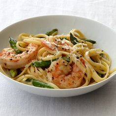 This one-dish pasta recipe is company-worthy – bright green asparagus, plump shrimp and tender linguine in a savory cream sauce. Broccoli And Zucchini Recipe, Zucchini Pasta Recipes, Easy Asparagus Recipes, Shrimp Recipes, Sauce Recipes, Indian Red Lentil Soup Recipe, Lentil Recipes, Creamed Asparagus, Shrimp And Asparagus