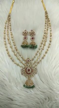 Silver Wedding Jewelry, Silver Jewellery Indian, Wedding Jewelry Sets, Gold Necklace Simple, Gold Jewelry Simple, Gold Chain Design, Gold Jewellery Design, Gold Bangles For Women, Money Images