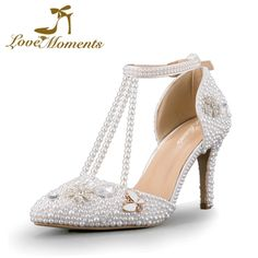 52.25$  Watch here - http://alivon.worldwells.pw/go.php?t=32748625294 - Love Moments Crystal Diamond pearl Sandals Pointed Toe White Wedding Shoes for Bride Women Pumps Dress party shoes  High Heels 52.25$