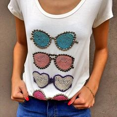 T-shirt designs - twitch, Bead Embroidery Jewelry, Beaded Embroidery, Hand Embroidery, Embroidery Designs, Shirt Designs, Diy Kleidung, Embroidery Fashion, T Shirt Diy, Embroidery Techniques