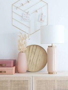 Soldes été 2020 Maisons du Monde : les pièces à shopper ! Parasol, Lampe Led, Decoration, Pink Roses, Home Decor, Knit Basket, Folding Chair, Decor, Decoration Home