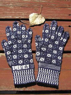 sanquhar knitting Fair Isle Knitting, Loom Knitting, Knitting Stitches, Knitting Patterns, Crochet Mittens, Knitted Gloves, Knit Crochet, Wrist Warmers, Hand Warmers
