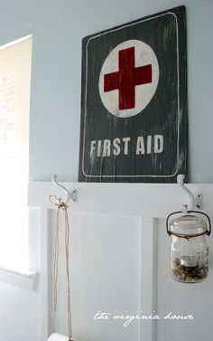 first aid sign I want to make one of these on a piece of slate for the bathroom to hang up in our first aid cupboard