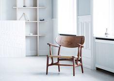 carl-hansen-son-hans-j-wegner-ch22-lounge-chair_dezeen_1568_1.jpg (1568×1121)