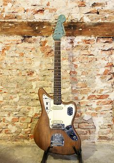 The Fender Jaguar was introduced as a high-end model guitar four years after the Jazzmaster. Though similar to the Jazzmaster in its offset body and All Guitar Chords, Guitar Amp, Cool Guitar, Rare Guitars, Fender Guitars, Vintage Guitars, Fender Jaguar, Gretsch, Elvis Presley
