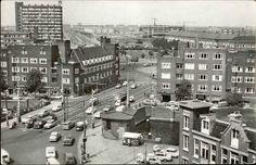 1965. View on the Overtoomsesluis towards the Surinamestraat in Amsterdam. In the foreground the Kostverlorenvaart and in the center the Surinameplein. Photo Van Leer Fotodrukindustrie. #amsterdam #1965 #Overtoomsesluis