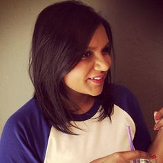 Mindy Kaling rocking a lovely collar bone length bob.