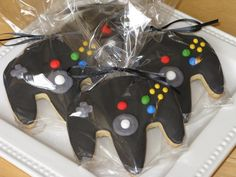Would be a cool favor for a video game party... they're cookies!  I think I could pull them off! 10th Birthday Parties, 16th Birthday, Birthday Games, Birthday Ideas, Game Truck Party, Party Games, Xbox Party, Party Favors, Sixteenth Birthday