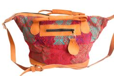 A beautiful bag for a very good cause Medium Bag-Sombra – Humble Hilo - This is mine! #philanthropy #Guatemala #bag