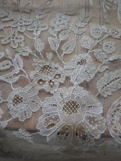 Brussels bobbin and needle lace on machine net