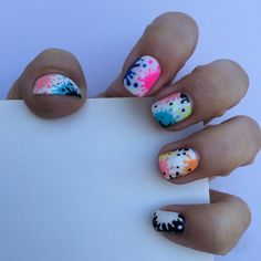 Splatter nails... And me being a bit indecisive about colors.