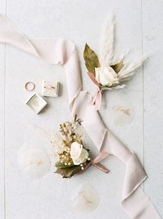 Useful Wedding Event Planning Tips That Stand The Test Of Time Wedding List, Plan Your Wedding, Wedding Table, Wedding Events, Destination Wedding, Wedding Rings, Weddings, Wedding Reception, Wedding Flowers
