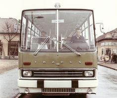 We have become a bus driver: 50 years of Ikarus 200 series