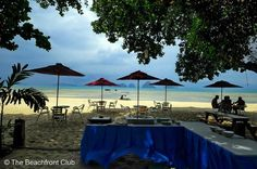Luxury villas and basic Thai style bungalows on scenic Tub Kaek Beach. Tup Kaek Sunset Beach Resort is situated a short drive from Ao Nang beach and features compact, yet comfortable cottages and deluxe villas designed with an environmentally friendly concept. #http://thebeachfrontclub.com/beach-hotel/asia/thailand/krabi/tub-kaek-beach/tub-khaek-sunset-beach-resort/