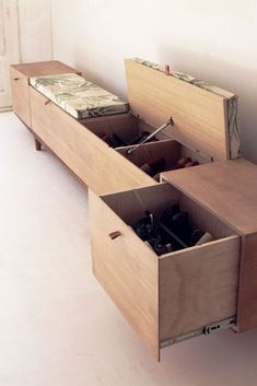 Smart shoe storing with 47 diy rack shoe ideas page 29 Home Furniture, Furniture Design, Furniture Ideas, Diy Rack, Flur Design, Rustic Bathrooms, Mudroom, Home Organization, Home And Living