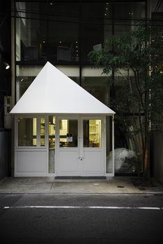 1 店舗デザイン 物販店 アパレル mercibeaucoup(メルシーボークー) mio1