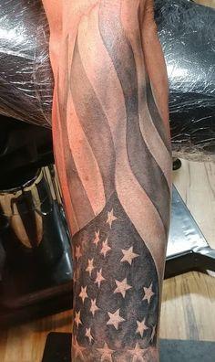 32 Unique Wrist Tattoos For Guys – Sleeve Ideas Forarm Tattoos, Wrist Tattoos For Guys, Arm Sleeve Tattoos, Tattoo Sleeve Designs, Forearm Tattoo Men, Maori Tattoos, Tattoo Ink, Warrior Tattoos, Viking Tattoos
