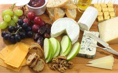 Cómo preparar una tabla de quesos variados