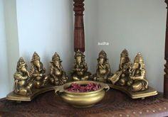 The Design Enthusiast: My Prized Possessions: Ganesha at Home :) Indian Room Decor, Ethnic Home Decor, Home Decor Furniture, Diy Home Decor, Indian Inspired Decor, Temple Design For Home, Diy Diwali Decorations, Pooja Room Door Design, Indian Home Interior