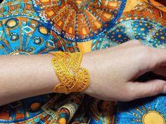 Orange/violet silk lace bracelet, crochet wristband, boho chic, gift ideas for her, hippie style, summer, wedding, festival Hippie Style, Mode Hippie, Hippie Chic, Bracelet Crochet, Lace Bracelet, Bracelets, Boho Chic, Modern Bohemian, Crochet Doily Rug