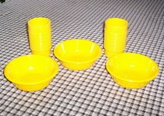 Rubbermaid Dishes Mugs Soup Salad Bowls Yellow Multiple Listing Choice Sets