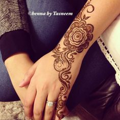 Arabic inspired henna done by me ;)