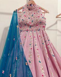 Desi Wedding Dresses, Indian Wedding Outfits, Indian Outfits, Wedding Bride, Party Wear Lehenga, Party Wear Dresses, Indian Designer Outfits, Designer Dresses, Designer Clothing