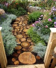 Plain and boring backyard designs can be an eye sore. These creative garden decorations and backyard designs can inspire you to create unique installations, vertical gardens or fence decor, turning yo Landscape Design, Garden Design, House Design, Path Ideas, Logs Ideas, Backyard Projects, Backyard Designs, House Projects, Art Projects